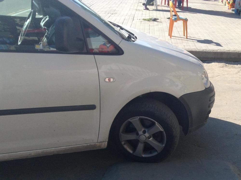 На Анапском шоссе женщина бросилась под колёса автомобиля