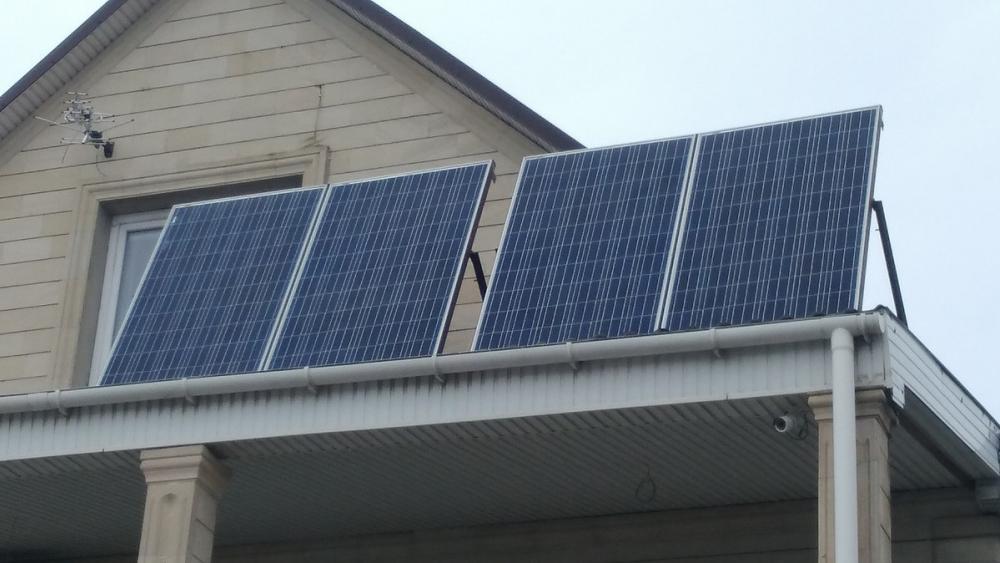 У анапчанина, у которого вместо шифера солнечные панели, дома бесплатные свет и горячая вода