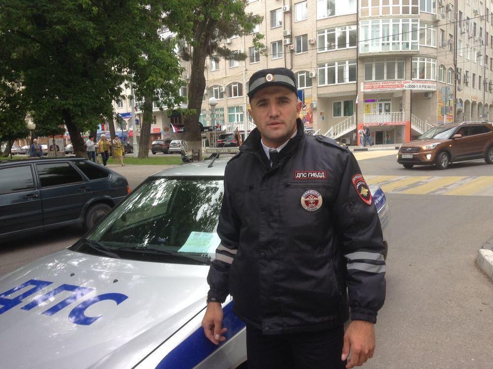 Инспектор Анапской роты ДПС в центре города устроил погоню за пешеходом-нарушителем