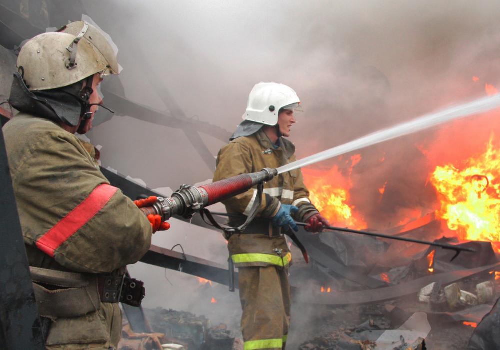В Анапе из горящей мини-гостиницы эвакуировали 96 человек