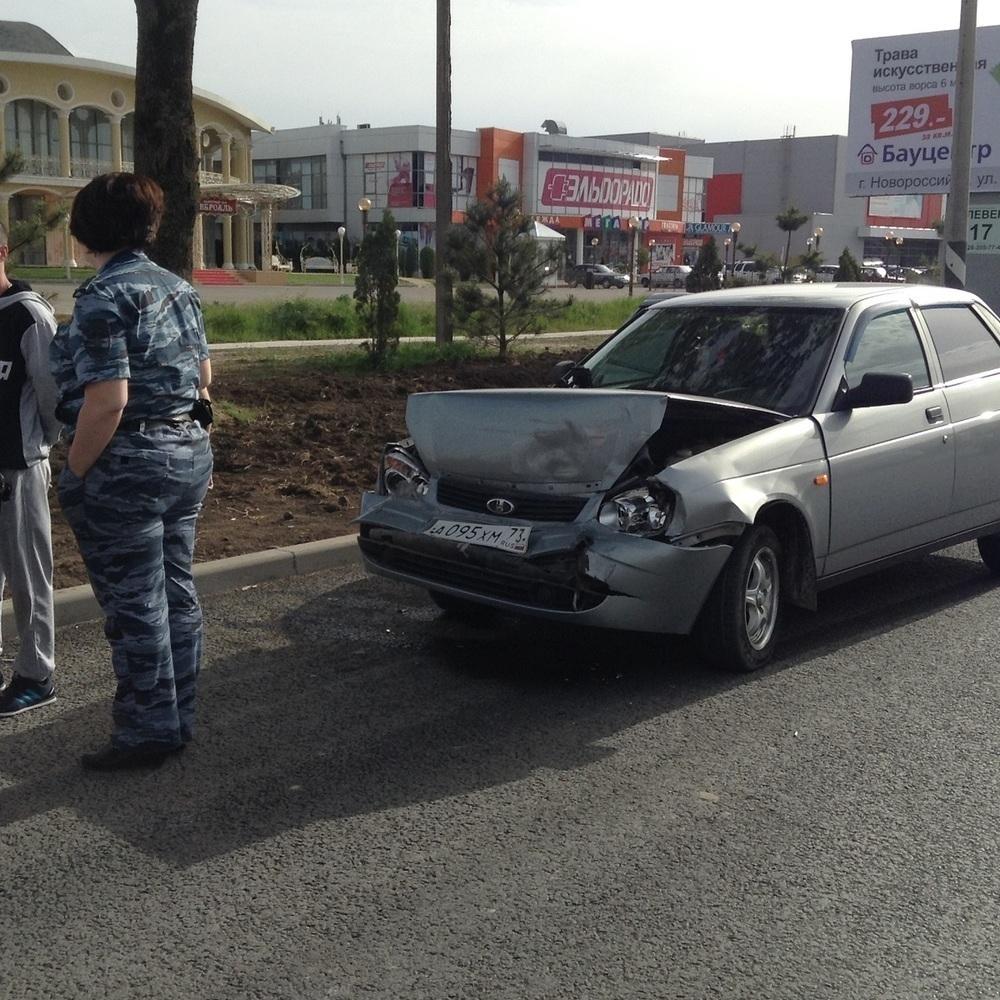 На Анапском шоссе авария с участием общественного транспорта