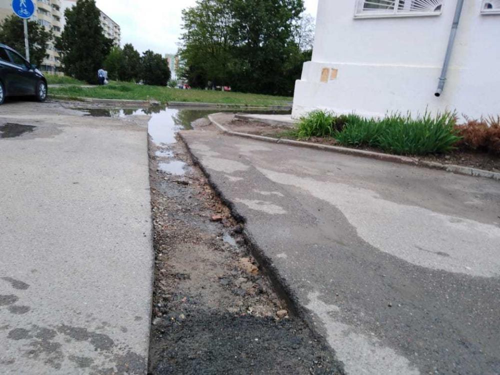 Дороги в Анапе похожи на полосу препятствий: проехали-готовьте деньги на ремонт авто!