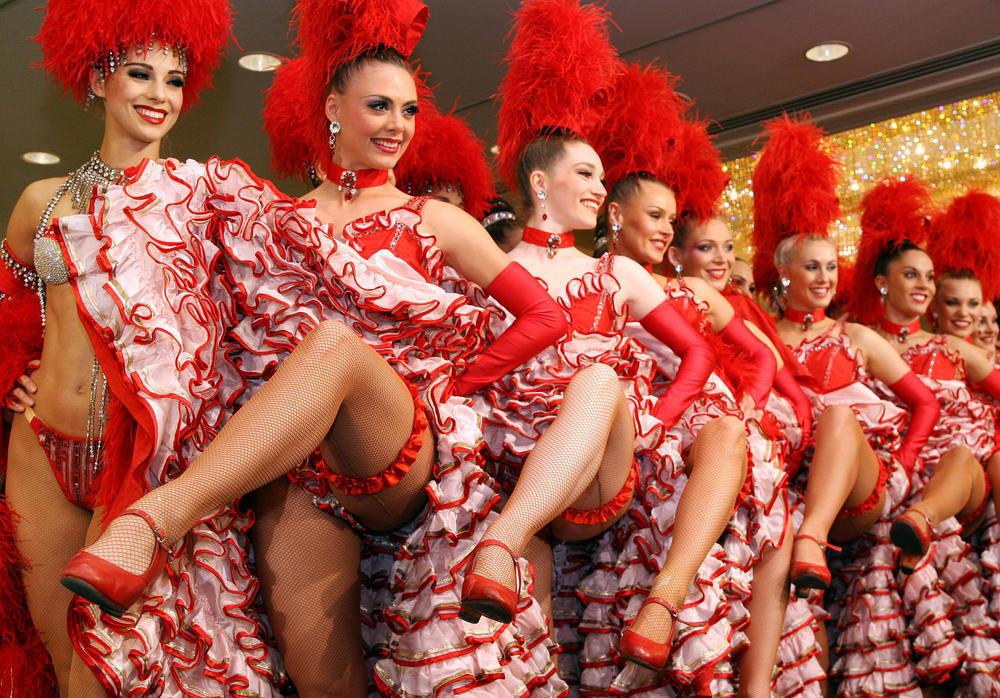 В Анапе на открытие сезона будет флешмоб сиртаки, а в Геленджике французский канкан
