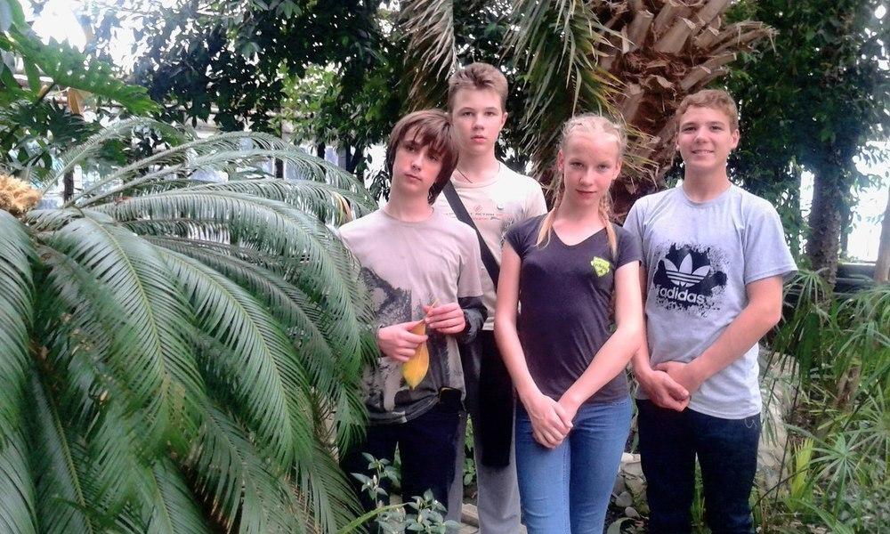 Анапские школьники побывали в оранжерее с тропическими растениями