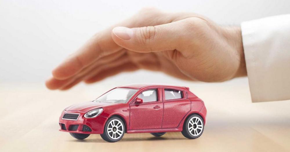 Нужно застраховать авто? Загляните в справочник!