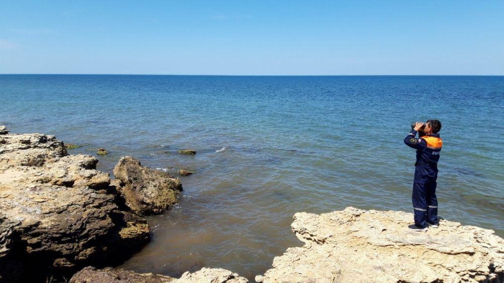 В акватории Чёрного моря 5 июля перевернулось судно: 18 человек спасли, двоих ищут