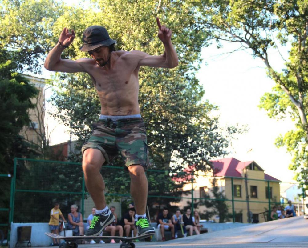 В Анапе отпраздновали День скейтбординга: как это было