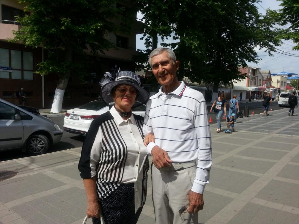 Новый участник конкурса «Селфи на курорте» — пара Николай и Алла Шевченко