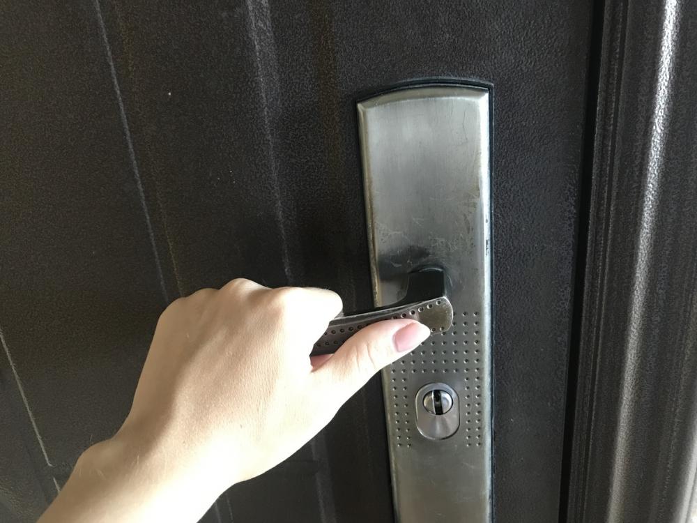Приставы смогут входить в квартиру анапчан без спроса