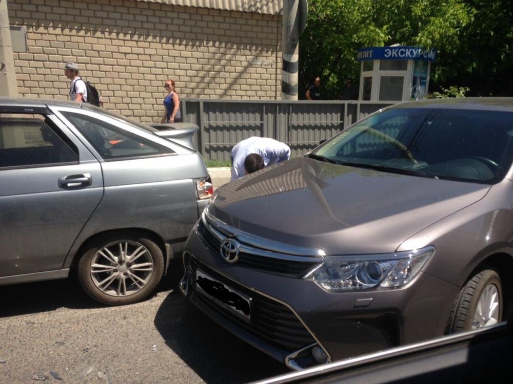Сделано в Анапе: несколько аварий создали серьёзные пробки на дорогах