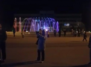Не отвести глаз: музыкальный фонтан Анапы начал свою работу