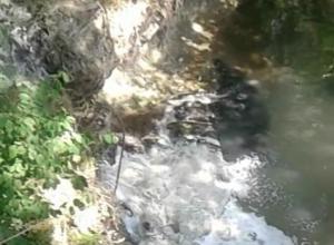 В посёлке под Анапой из-за слива нечистот в реку болеют дети и взрослые