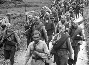 В первые дни войны  анапчане хотели менять молоток на винтовку, чтобы уйти на фронт