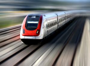 Женщина попала под поезд, идущий из Анапы, но осталась жива!