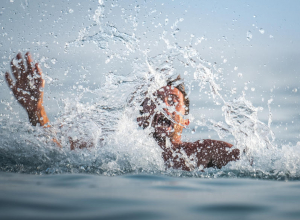 Что делать, если течение в Анапе тянет от берега, или как выбраться из рипа