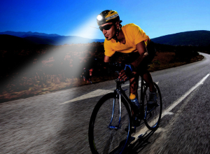 ГИБДД Анапы напоминает, что при езде на велосипеде ночью нужно использовать фонари