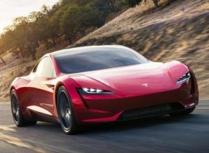Компания «Tesla» презентовала самый быстрый в мире автомобиль