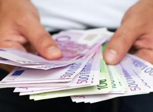 Сотрудницы анапского аэропорта пойдут под суд за кражу семи тысяч евро