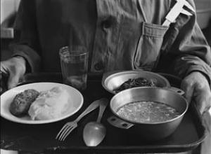 В начале брежневской эпохи анапский общепит кормил дёшево и невкусно