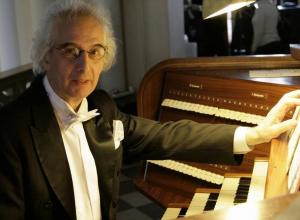 Органный концерт в католическом храме Анапы даст знаменитый музыкант