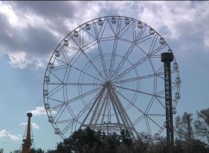 Первые посетители прокатятся на 13-тонном колесе обозрения в Анапе уже летом 2018 года