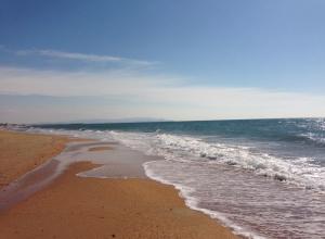 Мертвый сезон в Анапе. Пляжи пустеют - отели уходят на консервацию