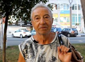 Люди в Анапе не боятся стать заложниками всемирной паутины