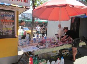 Почему летом на улицах Анапы разгорается стихийная торговля?