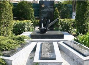 История Анапы: памятник воинам-десантникам установили благодаря кубанскому краеведу