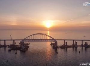 Вскоре на анапских пляжах могут появится следы с Крымским мостом