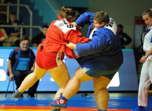 Успеть за 60 секунд: анапчанка чистым броском завалила спортсменку из Перми
