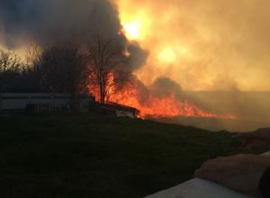 В Анапе за день произошло более 10 пожаров: в Витязево сгорела почти вся набережная лимана