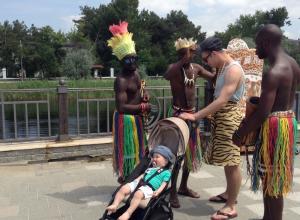 В Анапе африканцы «облапошивают» туристов