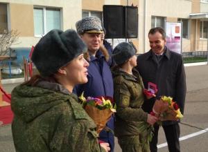 В Анапе встретили военнослужащих, вернувшихся из Сирии