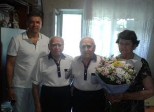 Анапчане, сыгравшие свадьбу еще при Сталине, отметили 65 летний юбилей