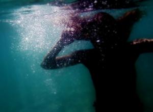 Под Анапой утонули мать с дочерью: во время шторма отдыхающих унесло на матрасе