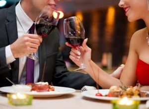 Как подарить второй половинке романтический ужин, не тратя ни копейки?
