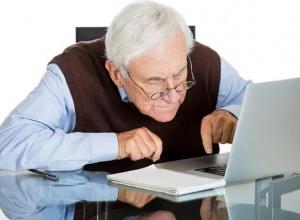 Названы причины, по которым пожилые анапчане опасаются соцсетей