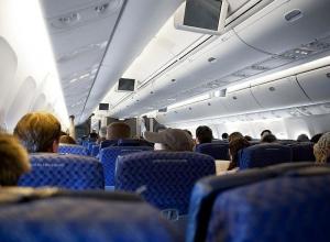 Пассажир рейса Москва-Анапа избил жену и порвал её паспорт
