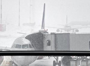 Стихия: самолеты в срочном порядке садятся в Анапе из-за сильного снегопада в Крыму