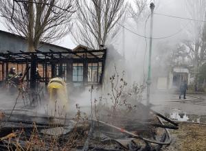 В Анапе сгорела база отдыха
