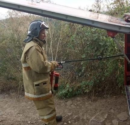 У анапских спасателей утро выдалось беспокойным: в Супсехе вспыхнул пожар