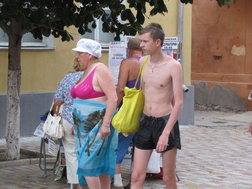 Что если в Анапе за появление в купальнике вне пляжа начнут штрафовать на 42 тыс.руб.