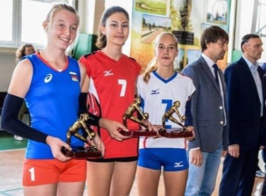 Анапские волейболистки стали золотыми призёрами на турнире в Курганинске