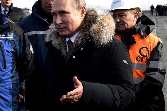 После просьбы президента автомобильное движение по Крымскому мосту откроют уже в мае