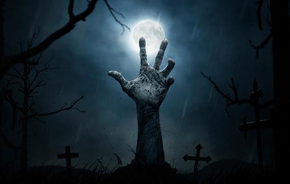 Житель Анапы, проходя через кладбище, чуть не умер от страха, увидев живого покойника