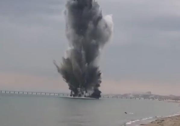 Появилось видео впечатляющего взрыва мины в Анапе: снаряд находился прямо у берега