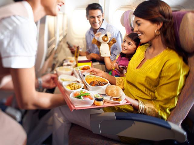 Какую авиакомпанию выбрать анапчанам со вкусной едой на борту?