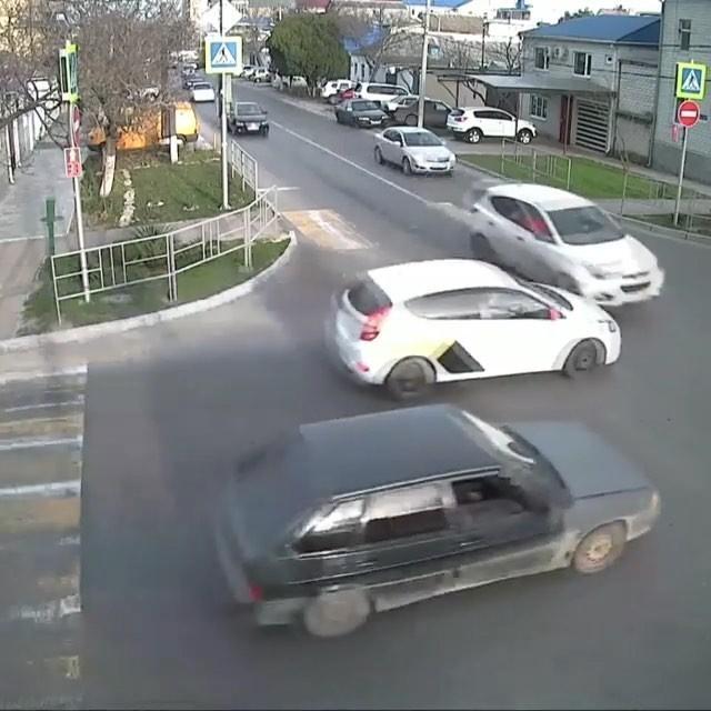 Аварии, которые произошли в Анапе за прошедшую неделю