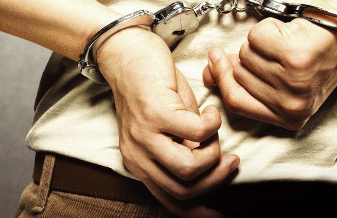 В Анапе на ж/д вокзале задержали двух мужчин с наркотиками